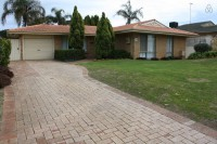 Idyllic Hideaway: 6 bed, fenced, sleeps 8 in Mandurah WA
