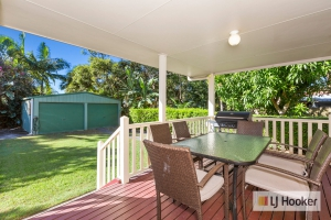 Bliss: 5 bed sleeps 7 in Hastings Point NSW