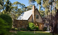 Enchanting: 1 bed sleeps 2 in Wheatsheaf Victoria