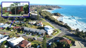 Picturesque 4 bed, fenced, pet friendly holiday home, sleeps 7 in Port Macquarie NSW