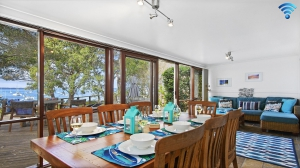 Awesome: 3 bed sleeps 8 in Callala Bay NSW