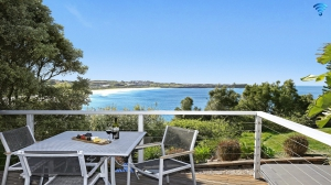 Holiday Retreat: 3 bed sleeps 8 in Kiama NSW