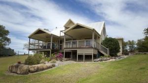 Delightful holiday home: 4 bed sleeps 6 in Possum Brush NSW