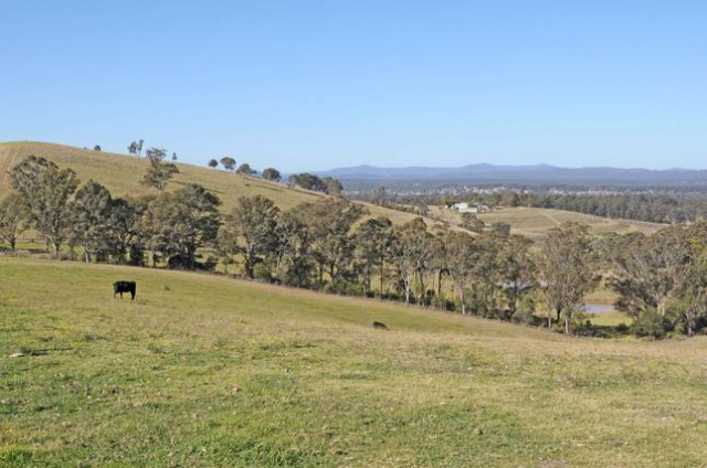 Marrowbone Homestead on the Hilltop