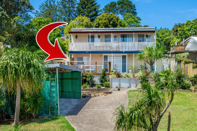 Pet friendly accommodation in Fingal Bay Port Stephens (South) NSW