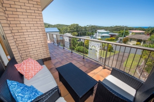 Large: 5 bed, fenced, sleeps 10 in Fingal Bay NSW