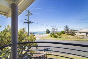Relaxation awaits: 4 bed, fenced, sleeps 6 in Harrington NSW