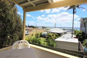Heavenly Hideaway: 3 bed sleeps 6 in Crowdy Head NSW