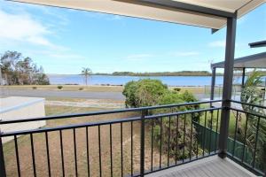 Holiday Retreat: 3 bed, fenced, sleeps 6 in Harrington NSW