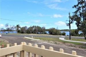 Enchanting Retreat: 4 bed, fenced, sleeps 10 in Harrington NSW