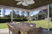 Awesome: 6 bed, fenced, sleeps 10 in Greta NSW