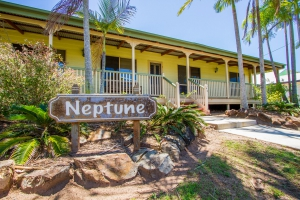 Holiday Hideaway: 4 bed sleeps 8 in Agnes Water QLD