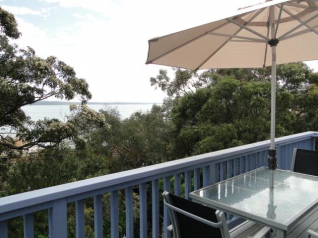 Pet friendly accommodation in Soldiers Point Port Stephens (South) NSW
