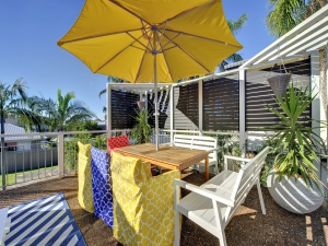 Bliss: 3 bed, fenced, sleeps 6 in Nelson Bay NSW