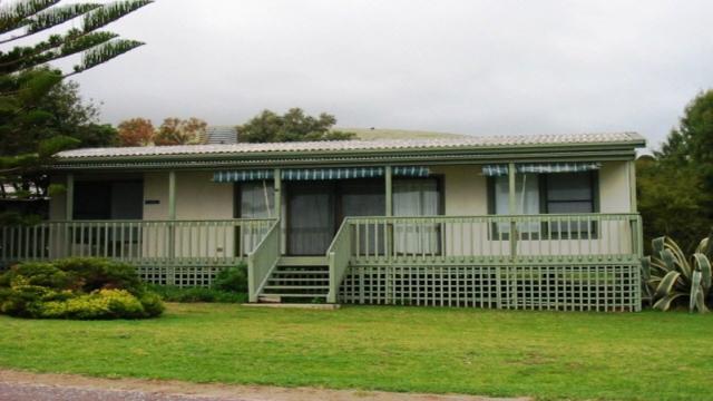 Heavenly Retreat: 5 bed sleeps 8 in Carrickalinga SA