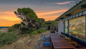 You've found it, 6 bed, fenced, pet friendly holiday home, sleeps 7 in Carrickalinga SA