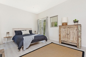 Picturesque 4 bed pet friendly holiday home, sleeps 6 in Mollymook NSW