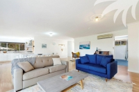 Outstanding 6 bed pet friendly holiday acreage, sleeps 9 in Elizabeth Beach NSW