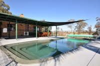 Time for some R & R, 5 bed pet friendly holiday home, sleeps 12 in Lovedale NSW