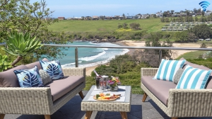 Idyllic Hideaway: 2 bed pet friendly holiday home, sleeps 6 in Kiama NSW