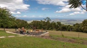 Awesome 3 bed pet friendly holiday acreage, sleeps 7 in Bellawongarah NSW