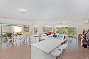 Fabulous: 5 bed sleeps 7 in Kingscliff NSW