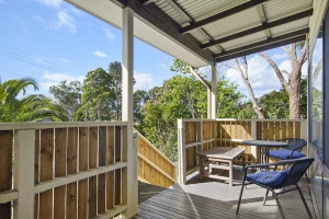 Fabulous 3 bed, fenced, pet friendly holiday home, sleeps 6 in Lake Conjola NSW