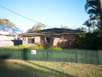 Magnificent 3 bed, fenced, pet friendly holiday home, sleeps 6 in Hawks Nest NSW
