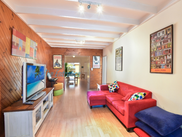 Pet friendly holiday accommodation in Central Coast NSW