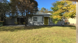 Wonderful 4 bed, fenced, pet friendly holiday home, sleeps 7 in Callala Beach NSW