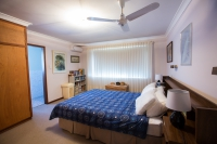 Blissful 5 bed pet friendly holiday home, sleeps 8 in Madora Bay Western Australia