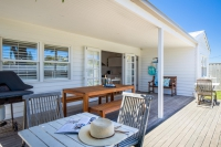 Enchanting Hideaway, 3 bed, fenced, pet friendly holiday home, sleeps 4 in SORRENTO VIC