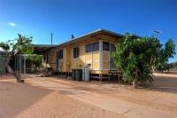 Look no further. 5 bed pet friendly holiday home, sleeps 8 in Exmouth WA