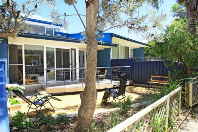 Pet friendly accommodation in Callala Bay South Coast - Jervis Bay
