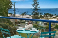 Awesome 5 bed pet friendly holiday home, sleeps 7 in Currumbin QLD