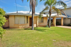 Look no further: 4 bed sleeps 6 in Kalbarri WA