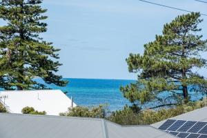 Huge: 5 bed, fenced, sleeps 10 in Encounter Bay SA