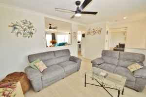 Enchanting Hideaway: 4 bed, fenced, sleeps 6 in Kalbarri WA